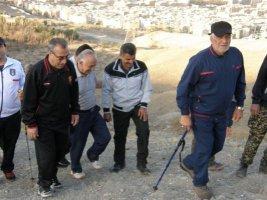همایش کوهپیمایی خانوادگی اصناف کرج در ارتفاعات عظیمیه کرج برگزار شد .