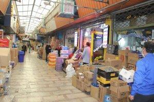 بازدید رئیس اتاق اصناف البرز از مجموعه بازار رضا تنها تامین کننده لوازم یدکی خودرو در استان