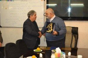 کسب رتبه اول خدمت رسانی به محرومان بین اصناف کشور توسط حمید کریمی رئیس مرکز نیکوکاری اصناف و بازاریان