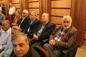 همزمان با هفته نیروی انتظامی : همایش پلیس،امنیت و اصناف در کرج برگزار شد .
